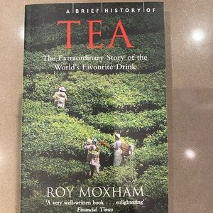 ✨ host pick ✨  the history of tea - book